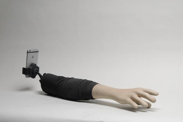Selfie-Arm-4