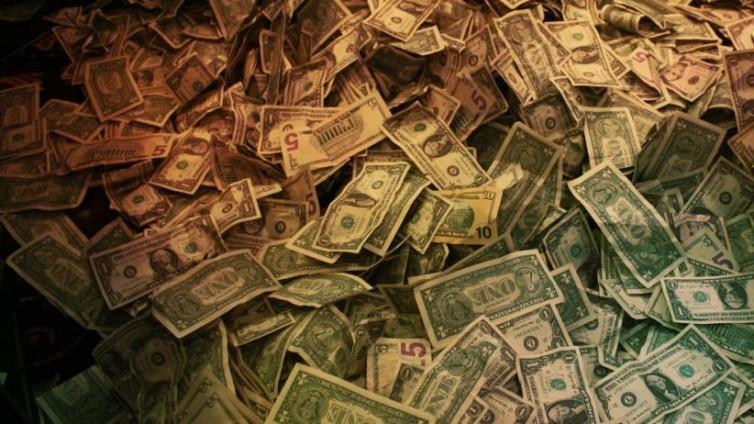 20141230224611-money