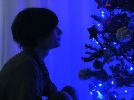 Favim.com-boy-christmas-guy-lonely-boy-merry-christmas-248855